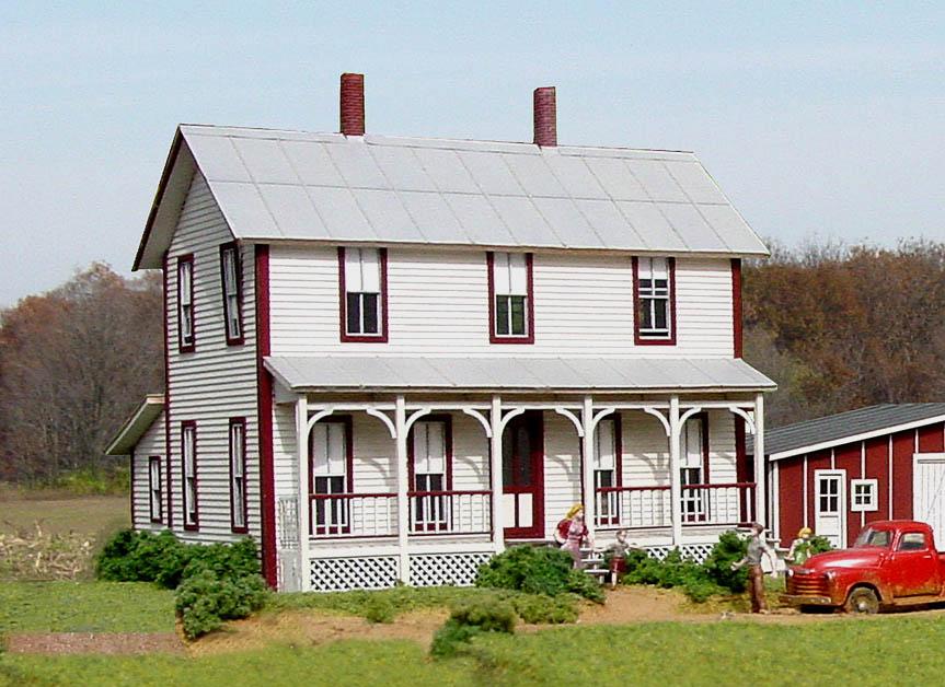 American Model Builders Ho Scale Two Story Farm House 152